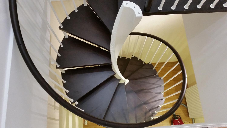 Stairs E-20 spiralne stepenice