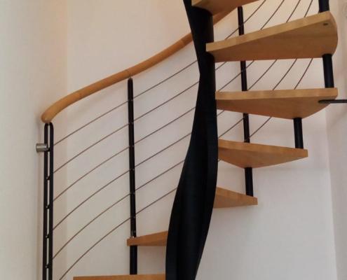 Kružne drvene stepenice